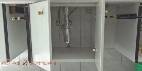 Cabinet door does not stay open