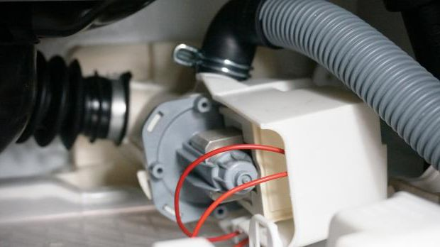 Drain broken pump