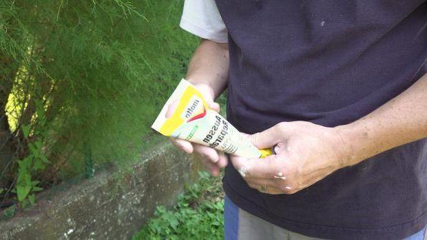 Aid No. 2: Repair spatula